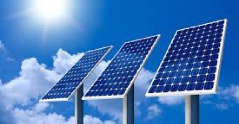 Mindkét oldalán termeli az áramot az új napelem